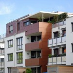 Unterschiedliche Balkone und große Fensterflächen lassen die Gebäudehülle strukturiert und offen wirken.  Bild: tdx/Mein Ziegelhaus