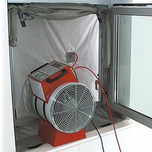 Luftdichtigkeitspruefung