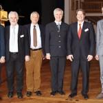 Die Referenten, von links: Stefan Horschler, Josef Mayr, Prof. Dr. Axel Wirth, Kabarettist Wolfgang Krebs, Thomas Thater, Hans R. Peters.  Foto: Ingo Jensen/Jensen media