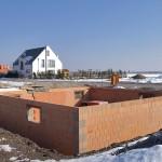 Die Mehrheit aller Hausbauer entscheidet sich für einen Keller. Die Vorteile liegen auf der Hand: mehr Raum für die individuellen Bedürfnisse. Bild: tdx/Mein Ziegelhaus